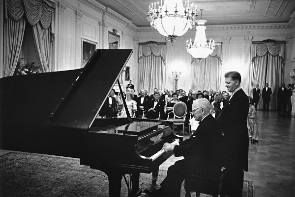 east-room-1961-truman-Baldwin piano