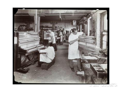 byron-company-men-working-in-the-hardman-peck-and-co-piano-factory-new-york-1907
