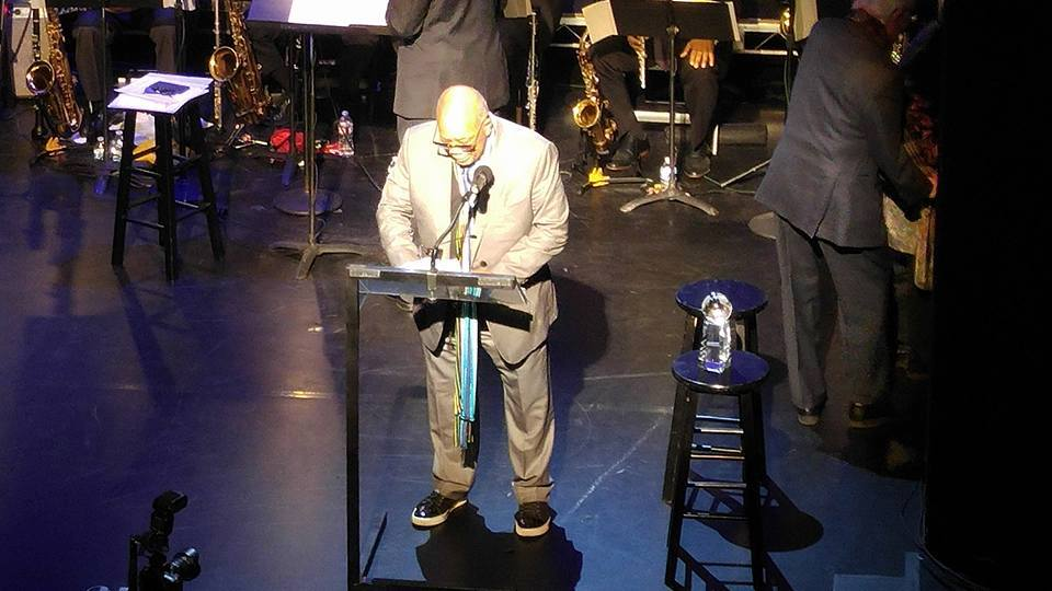Quincy Jones accepting award