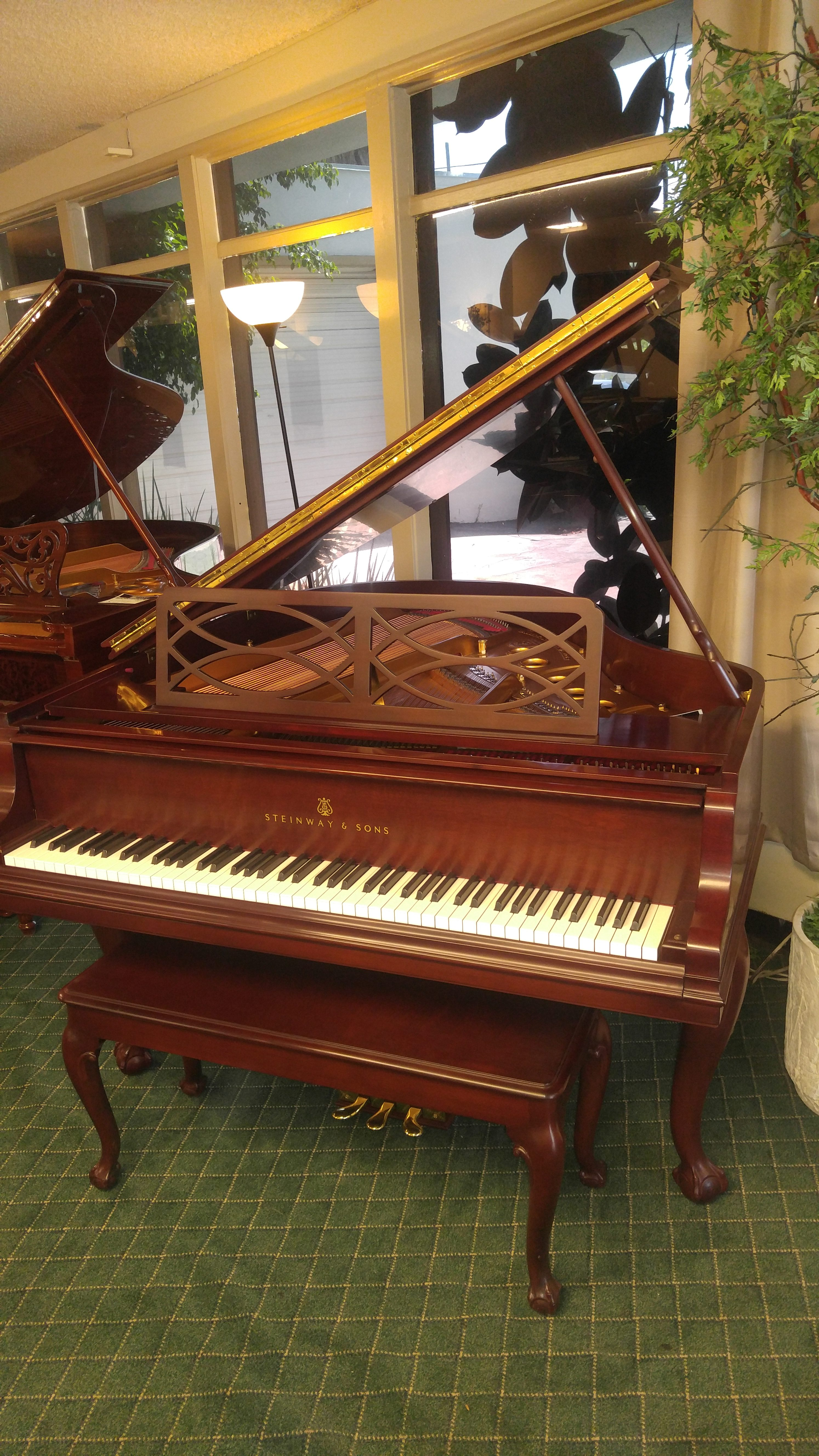 Steinway S Chipendale