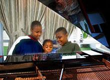 piano_child